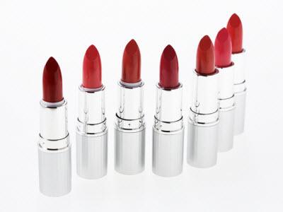 化粧品の赤色